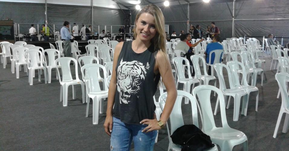 16.06.14 - Vanessa Palacio, repórter colombiana que está cobrindo a Copa do Mundo no Brasil