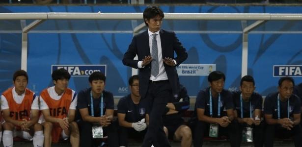 Hong Myung-Bo, técnico da Coreia do Sul, quer time ofensivo contra Argélia na quarta-feira