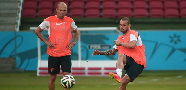 Wesley Sneijder admitiu que o time holandês teve queda de rendimento contra Austrália