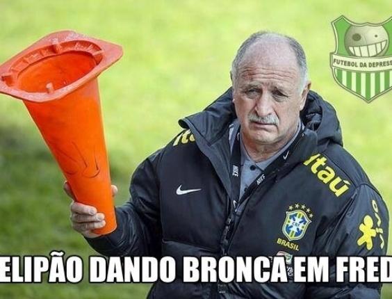 Felipão dá bronca em Fred após atacante passar em branco