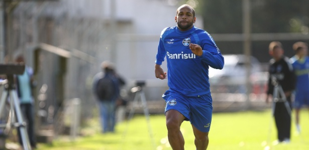 Fellipe Bastos defendeu Vasco, Grêmio e Ponte Preta: perto do Corinthians