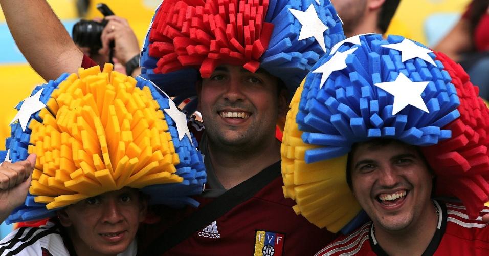 18.jun.2014 - A Venezuela ficou de fora da Copa. Restou a seus torcedores vir ao Maracanã torcer pelos chilenos