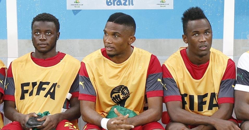 Camaronês Samuel Eto'o inicia o jogo contra a Croácia no banco de reservas