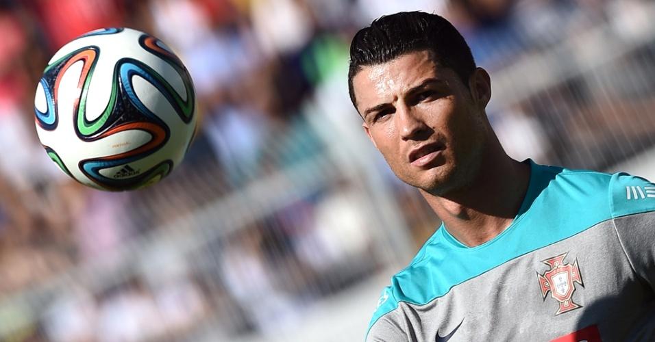 Cristiano Ronaldo durante treino da seleção portuguesa em Campinas