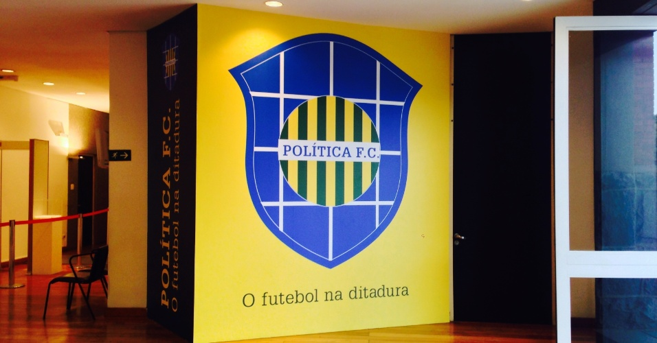 """Exposição """"Política F.C. O futebol na ditadura"""", no Memorial da Resistência em São Paulo"""