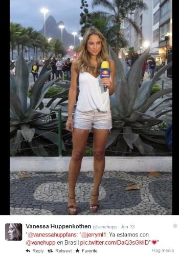 Já famosa em seu país, Vanessa Huppenkothen chamou atenção pela cobertura na TV mexicana Televisa e virou febre na internet