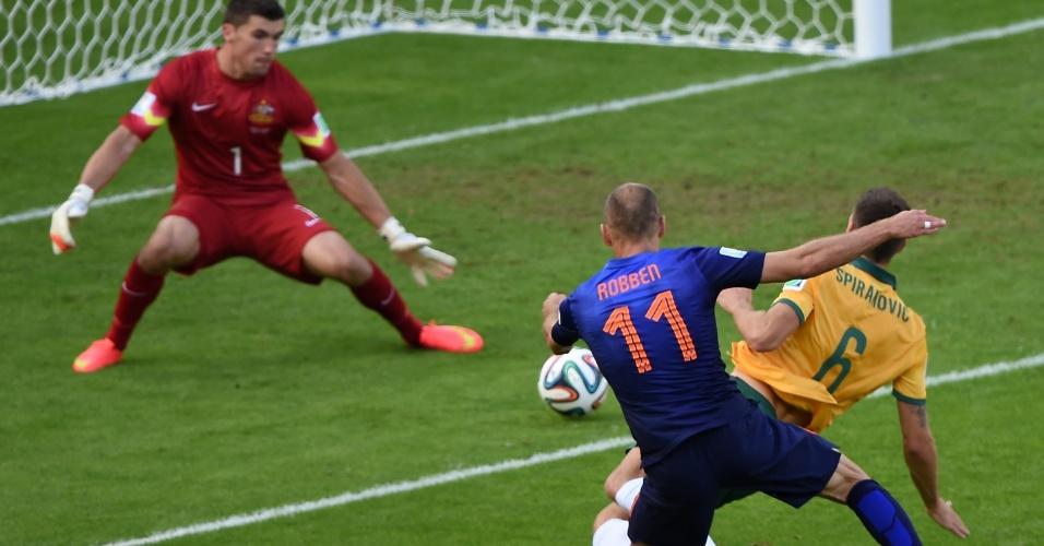 Mesmo marcado, Robben abre o placar para a Holanda no Beira-Rio