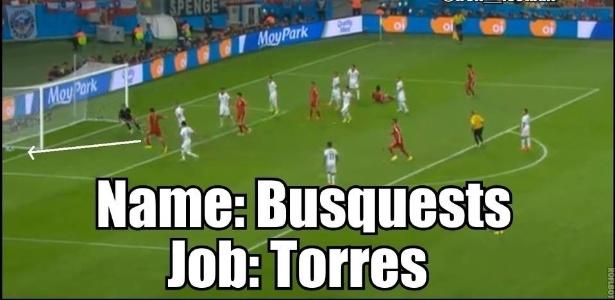 """""""Nome: Busquest. Trabalho: Torres"""". Internautas comparam a pontaria de volante com atacante Fernando Torres"""