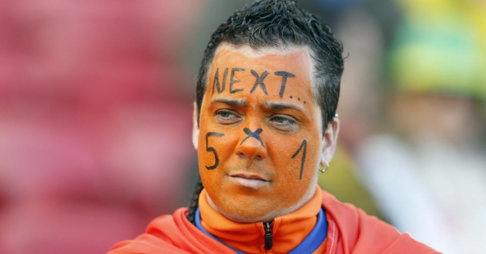 Torcedor da Holanda lembra goleada na estreia e esbanja otimismo para partida contra Austrália