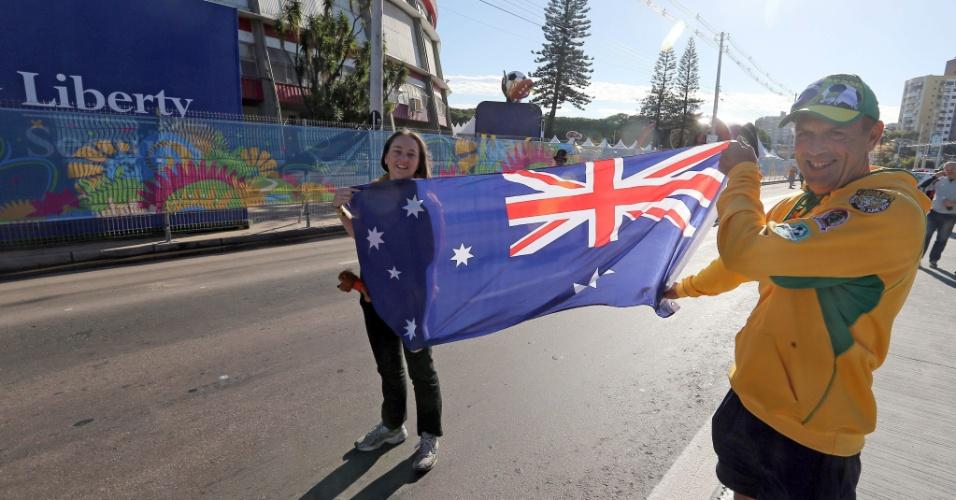 Torcedores australianos mostram confiança em chegada ao Beira-Rio para jogo contra a Holanda