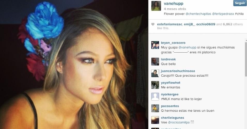 Vanessa Huppenkothen trabalha na Televisa, emissora de outra musa, Ines Sainz
