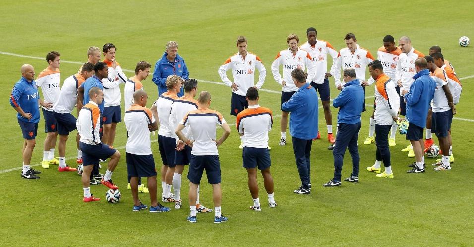 Após se classificar antecipadamente, seleção holandesa treina nesta quinta-feira no Rio de Janeiro