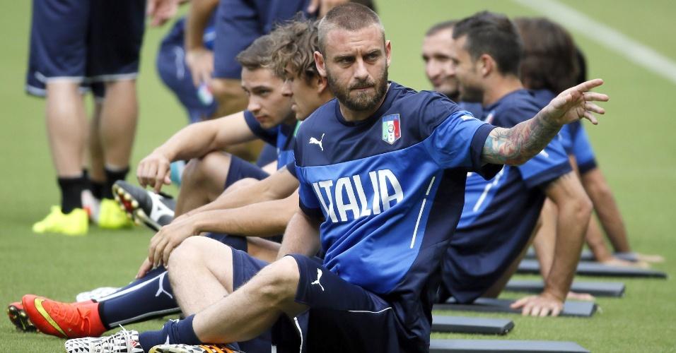 Daniele De Rossi durante treinamento da Itália no Recife