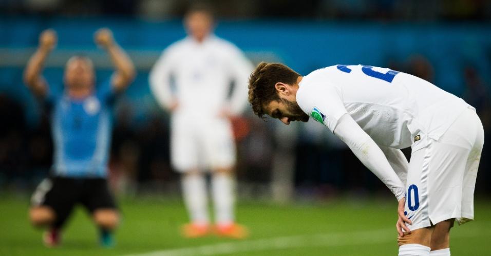 Inglês Lallana se rende à seleção uruguaia depois da vitória dos sul-americanos por 2 a 1 no Itaquerão