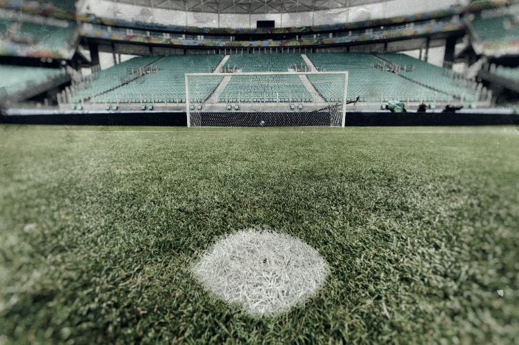 Marca do pênalti do estádio da Fonte Nova no dia de Espanha x Holanda