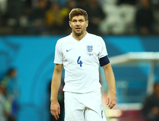 Lineker criticou a falta de liderança de Steven Gerrard para organizar e detectar problemas da Inglaterra