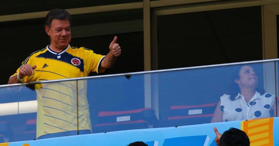 Presidente da Colômbia Juan Manuel Santos torce pela equipe no Mané Garrincha, contra a Costa do Marfim