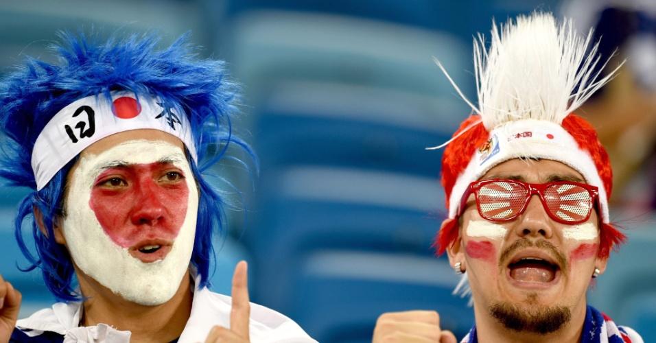 Torcedores japoneses começam a tomar conta da Arena das Dunas, palco do jogo entre Japão e Grécia