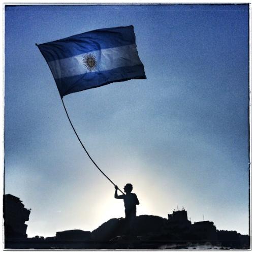 Torcida argentina no Rio de Janeiro antes de Argentina x Bósnia