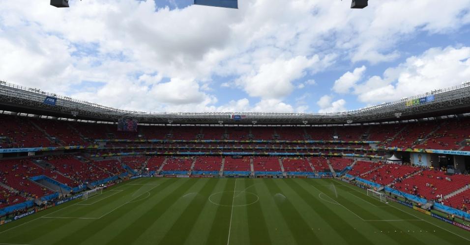 Arena Pernambuco começa a receber torcedores de Itália e Costa Rica