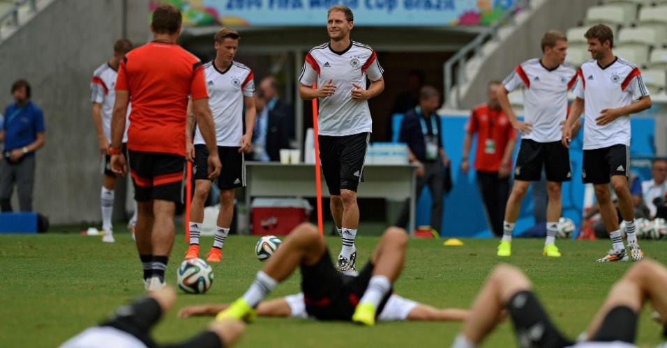 Jogadores da Alemanha fazem treinamento de reconhecimento do Castelão antes de partida contra Gana
