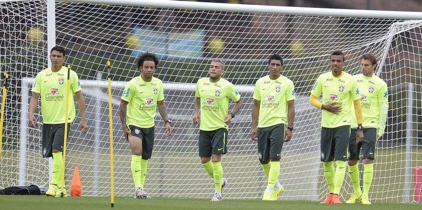 Jogadores do Brasil fazem treinam em Teresópolis na tarde desta sexta
