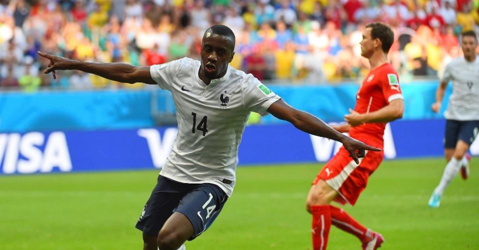 Matuidi comemora após marcar o terceiro da França contra a Suíça, na Fonte Nova