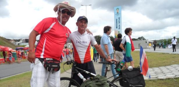 O costarriquenho Marco Luis Bernardes pedalou por 80 dias para ver a sua seleção na Copa