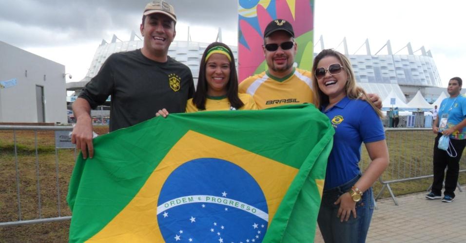 Torcedores chegam à Arena Pernambuco para a partida entre Itália e Costa Rica