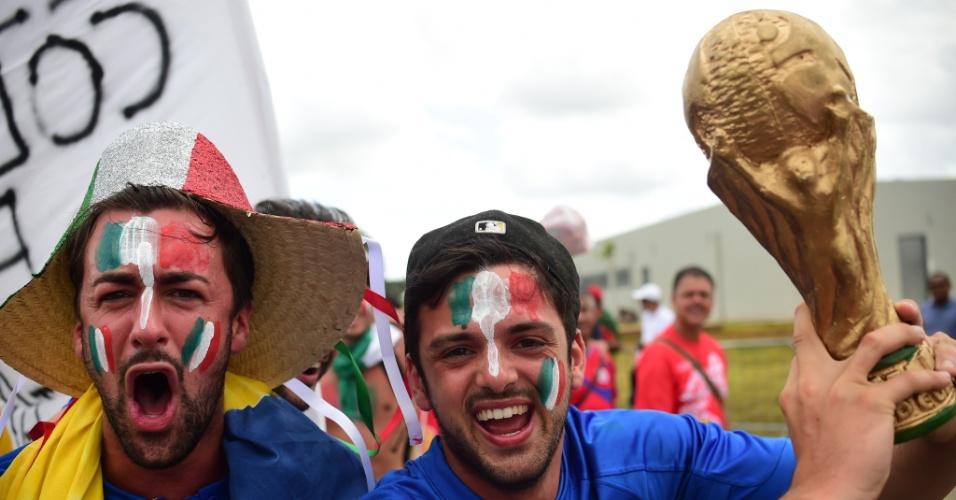 Torcedores italianos esbanjam otimismo antes da partida contra a Costa Rica