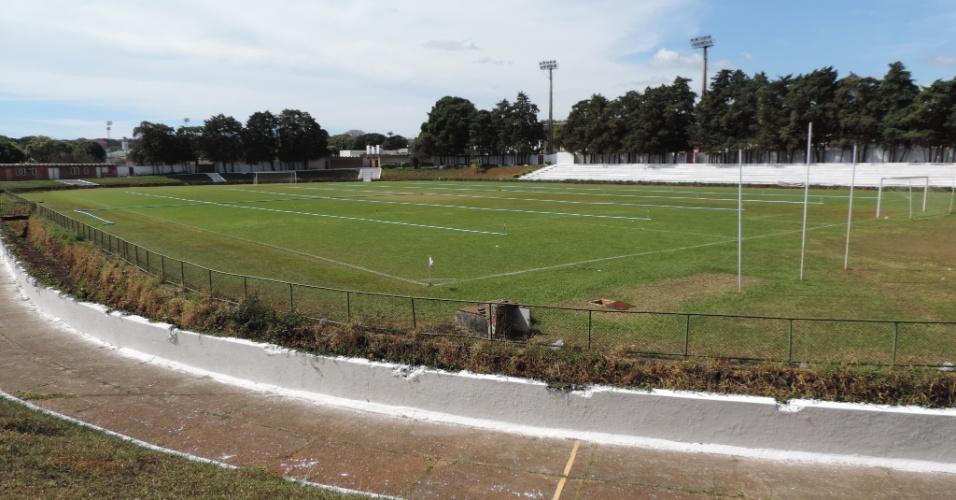 Estádio Adonir Guimarães: palco do último jogo disputado por Garrincha, em dezembro de 1982