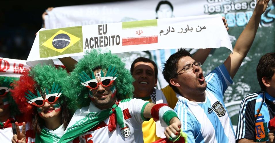 Iranianos, argentinos e brasileiros confraternizam no Mineirão