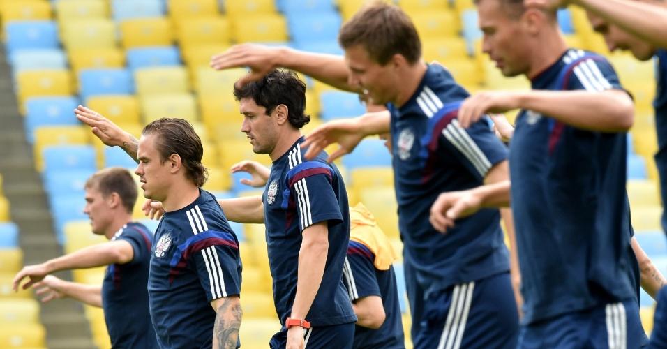 Jogadores da Russia realizam treino estádio do Maracanã