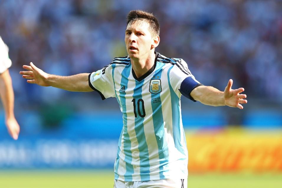 Lionel Messi comemora após marcar o gol da vitória da Argentina sobre o Irã