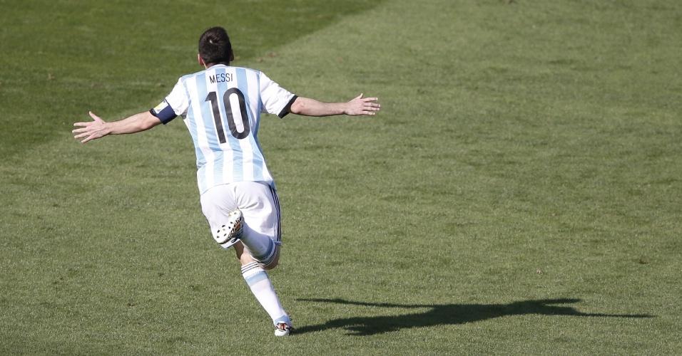 Messi mais uma vez assumiu o protagonismo e garantiu a vitória para a Argentina