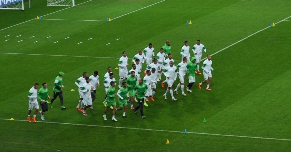 Seleção da Argélia treina no Beira-Rio, palco da partida contra a Coreia do Sul, neste domingo