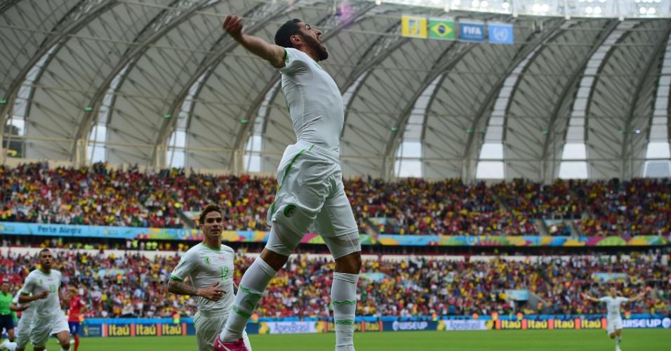 22.jun.2014 - Argelino Rafik Halliche vibra com o segundo gol de sua seleção sobre a Coreia do Sul, em Porto Alegre