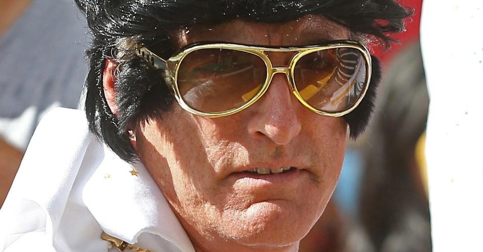 Elvis Presley não (morreu) é belga nem russo, mas mesmo assim fez questão de ir ao Maracanã