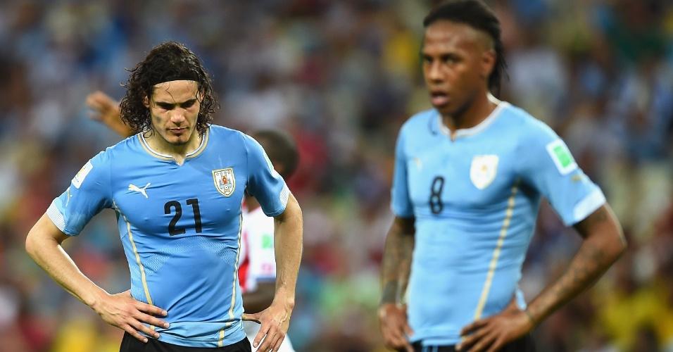 O uniforme do Uruguai também cai muito bem em Cavani e Abel Hernandez