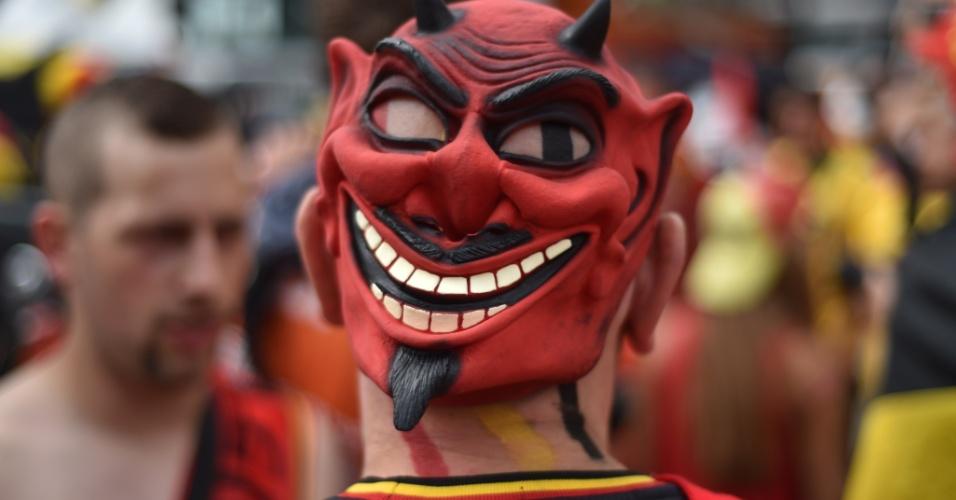 """Os belgas são conhecidos como os """"Diabos Vermelhos"""", e o torcedor no Rio de Janeiro resolveu incorporar o apelido"""