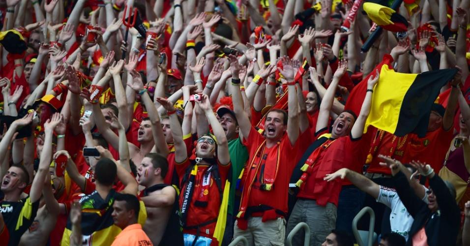 Torcedores da Bélgica fazem festa no Maracanã