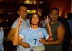 Uruguai é recepcionado por centenas de torcedores em chegada a Natal - Bruno Thadeu/UOL