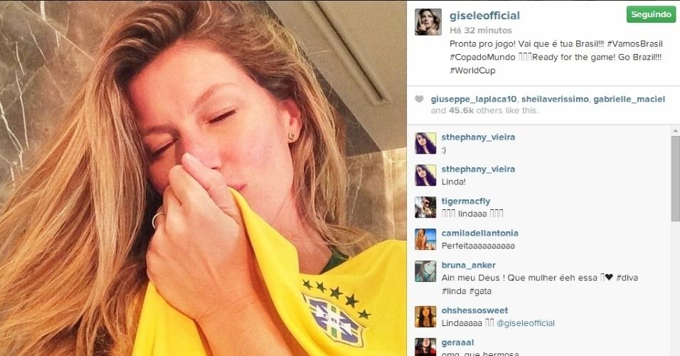 23.jun.2014 - A top model Gisele Bündchen declarou seu apoio à seleção brasileira via Instagram