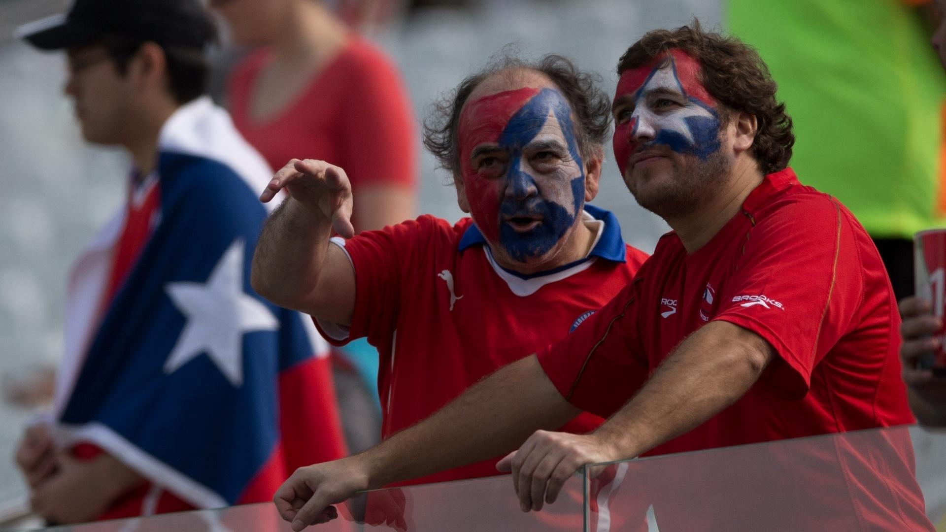 Chilenos já tomam as arquibancadas do Itaquerão para o jogo contra a Holanda