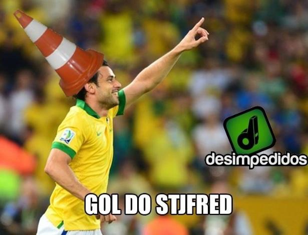 Gol de Fred não o salvou dos memes
