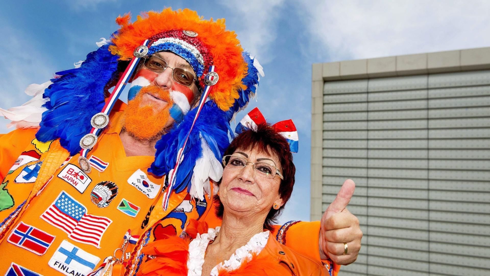 Holandeses capricham na fantasia para acompanhar o jogo contra o Chile no Itaquerão