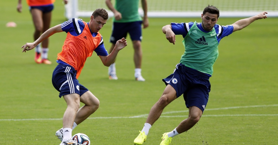 Já eliminada, a seleção da Bósnia continua treinando em Salvador. A participação será encerrada na quarta, contra o Irã