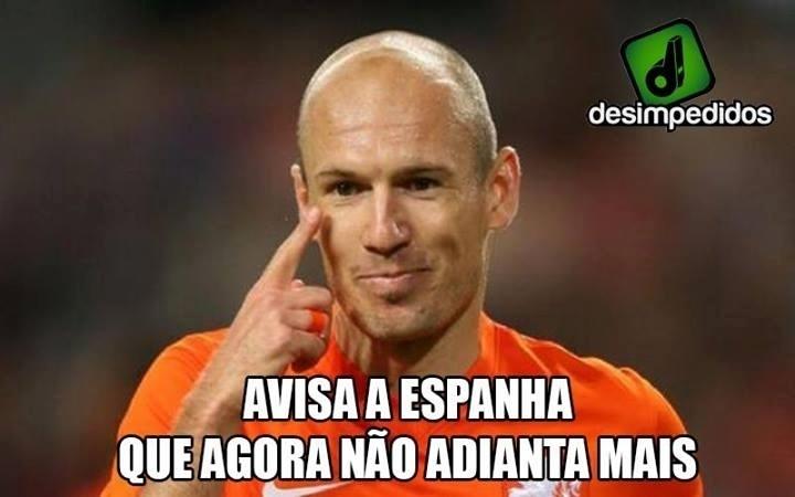Robben manda avisar para a Espanha que agora não adianta mais