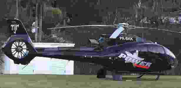 Helicóptero com prefixo PR-BKK é parte de disputa judicial de pai de Neymar - FLAVIO FLORIDO/UOL