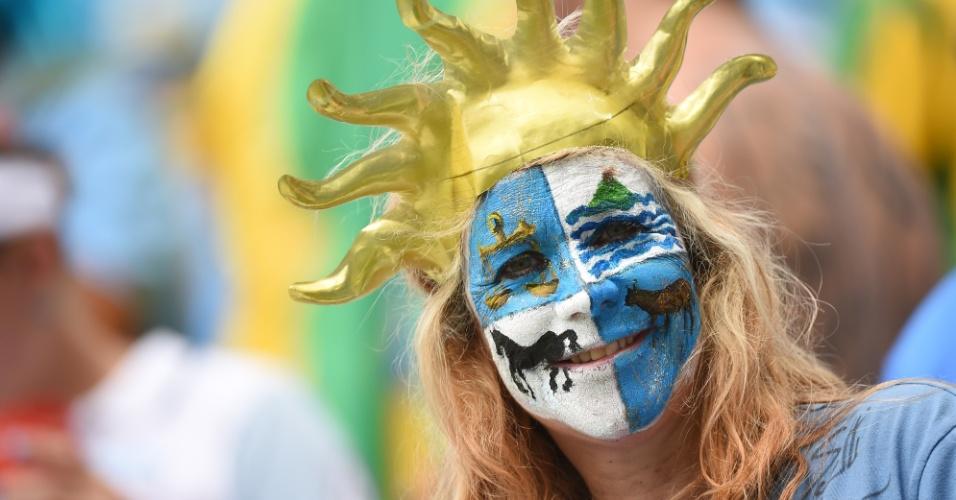 Torcedora adota visual com referências ao Uruguai em Natal
